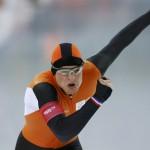 Голландский конькобежец Свен Крамер установил новый олимпийский рекорд на дистанции 5000 метров. Нидерланды