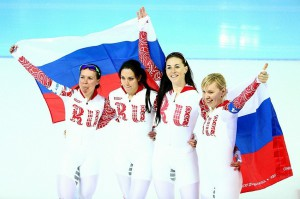 Наши девушки взяли БРОНЗУ в конькобежной командной гонке!!!