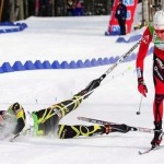 Норвежский биатлонист Эмиль Хегле Свендсен уже в третий раз выиграл француза Мартена Фуркада в финишном створе..