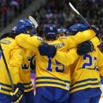Шведские хоккеисты вышли в финал олимпийского турнира, обыграв финнов